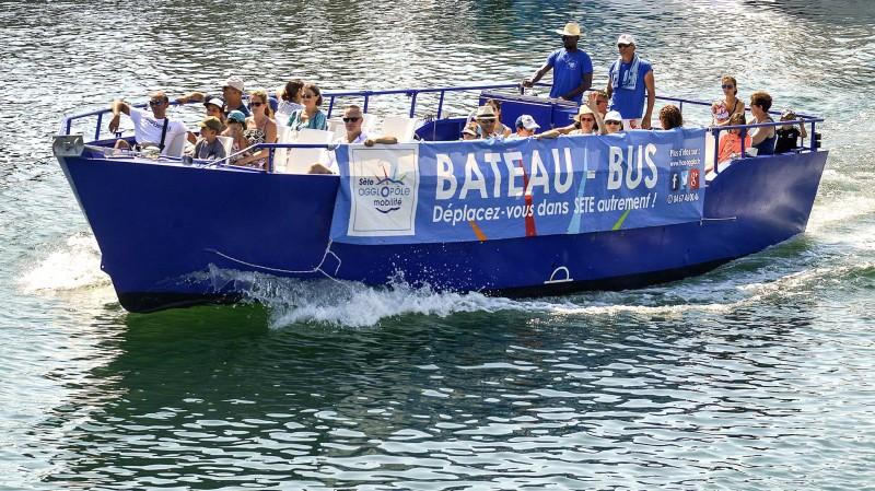 Bateau-bus
